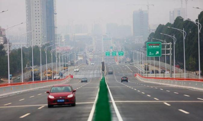 赣州迎宾高架桥